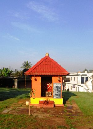 Suntikoppa - Muthappan temple behind the market