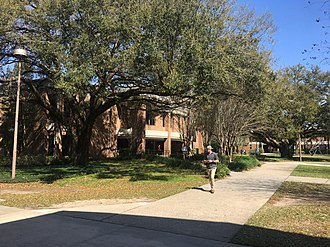 Tallahassee Community College - TCC Science and Mathematics Building and courtyard