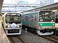 TWR70-000+JRE205Saikyo.JPG