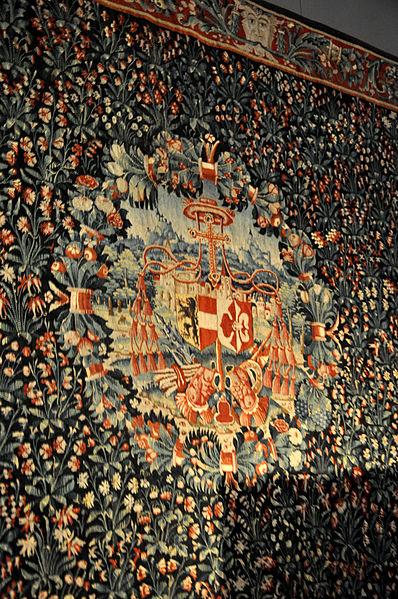 File:Tapisserie Millefiori Salzburg Museum.jpg