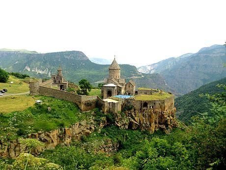 Tatev monastery, ArmAg.jpg