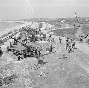 Cornwall Fortress Royal Engineers - Bofors guns at a South Coast LAA battery, August 1944.