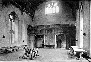 Great hall - The mid-14th century Great Hall at Penshurst Place, Kent, looking towards the wooden screen of the Screens Passage, pierced by two large rectangular doorways. In the far stone wall of the Screens Passage can be seen Gothic arched doorways leading into the service quarters, usually Kitchen, Buttery and Pantry
