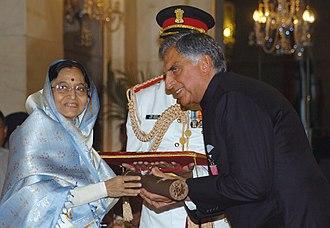 Ratan Tata - The President, Smt. Pratibha Devisingh Patil presenting the Padma Vibhushan to Shri Ratan Naval Tata, at Rashtrapati Bhavan, in 2008.