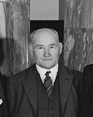 Tim Armstrong (New Zealand), 1936.jpg