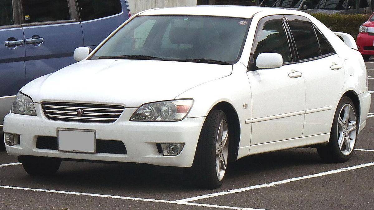 Kelebihan Toyota Altezza Perbandingan Harga