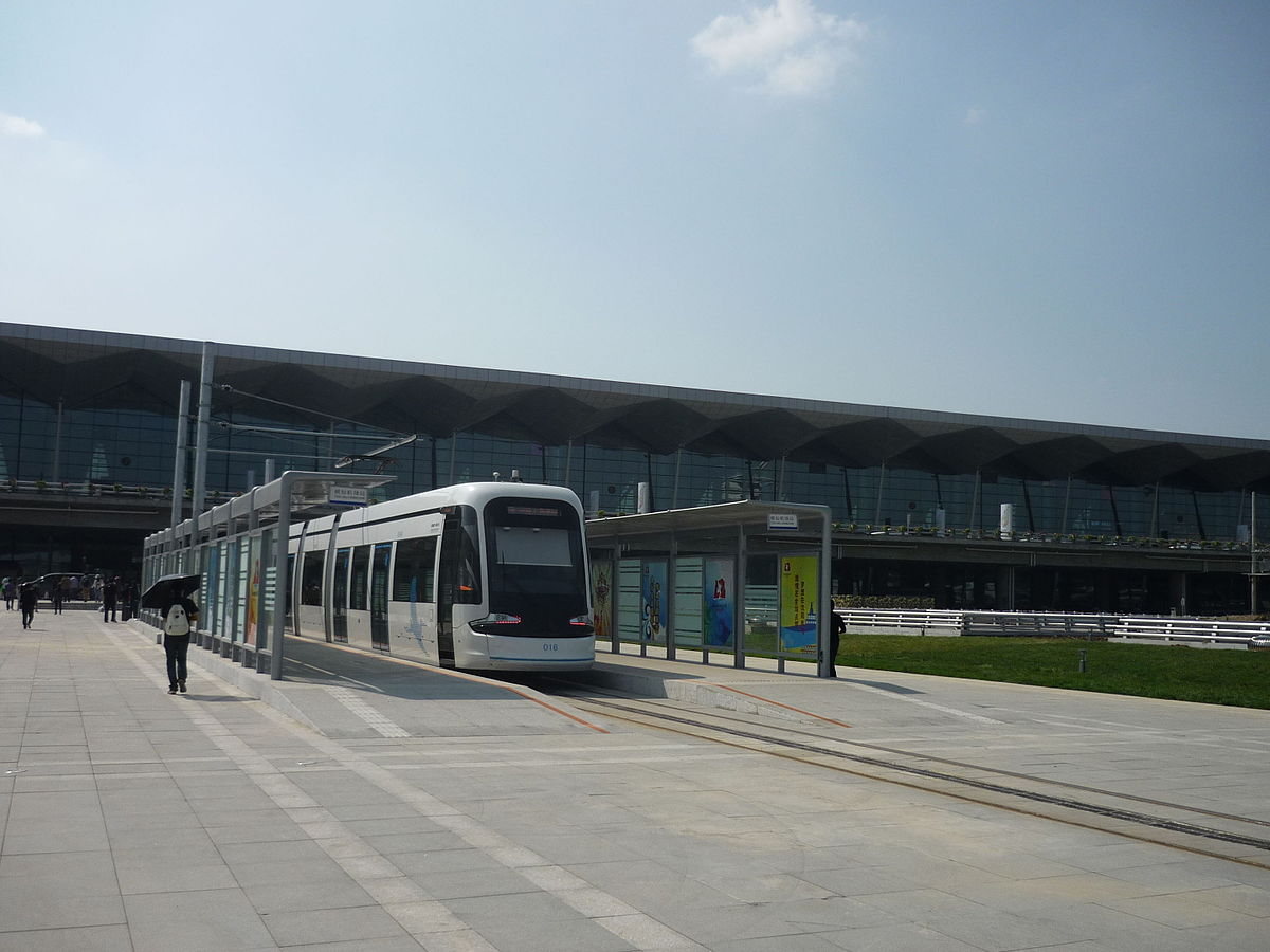 China will build light rail tram lines in St. Petersburg 45