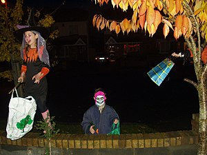 300px Trick or treaters in Dublin How to Plan a Cheap Halloween Party
