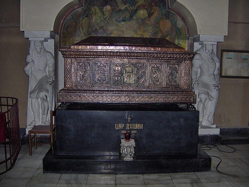 Tsar Dušans sarkofag i kirken St Markus i Beograd