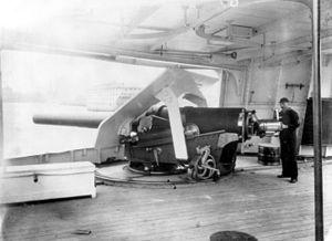 "6""/30 caliber gun - Image: USS Atlanta 6inch gun LOC cph 3b 07972"