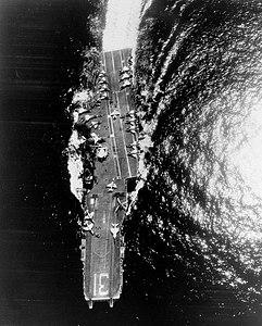 USS Bon Homme Richard (CVA-31) overhead view 1970.jpg