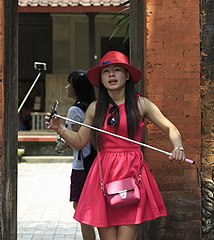 Ubud Bali Girl-with-selfie-stick-01.jpg