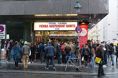 VIS2015 opening Gartenbaukino 02.jpg