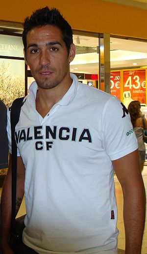 Vicente Rodríguez - Vicente as a Valencia player in 2010