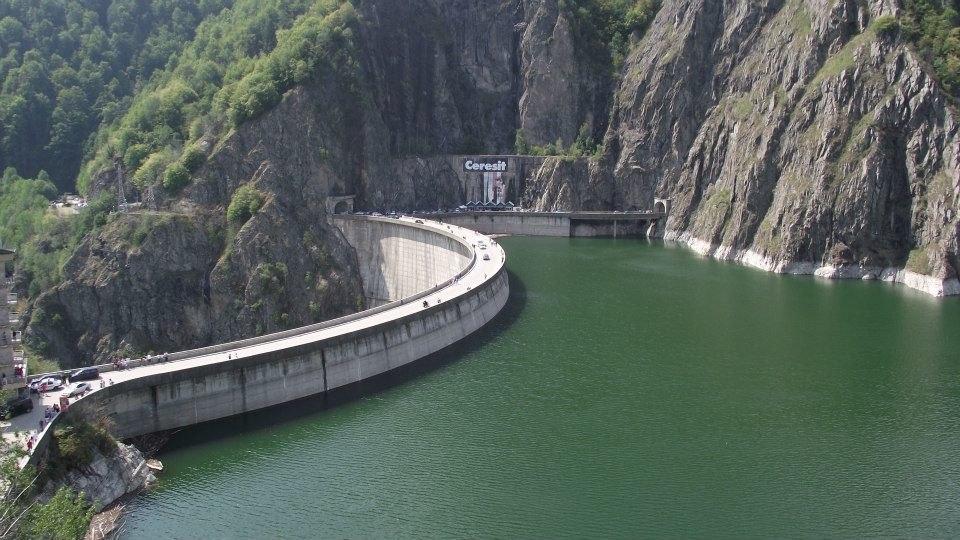 Vidraru Lake and Dam in northern Argeș County