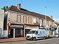 Villemandeur-FR-45-commerces-c2.jpg