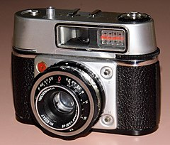 Vintage Vredeborch Felicetta 35mm Film Viewfinder Camera, Made In Germany, Circa 1965 (13470039723).jpg