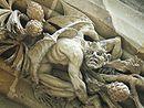 Relieve de arquivolta absidial en la Capilla del Sagrado Corazón de Jesús