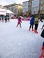 Vitoria - Plaza de la Virgen Blanca, patinaje navideño sobre hielo 2.jpg