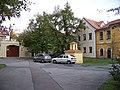 Vokovice, Ke dvoru 9 - 15 a 18, zvonička.jpg