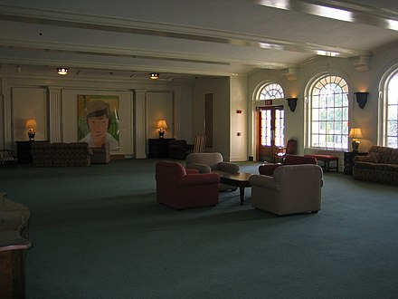 A formal lounge area used for studying inside Reynolda Hall overlooking the Magnolia Quad (Manchester Plaza) WakeInsideReynolda.jpg