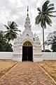Wat Pong Sanuk (29964477625).jpg