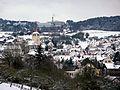 Weissach mit Wehrkirche (vor 1791) und Porsche-Entwicklungszentrum (Ansiedlung 1961) - panoramio.jpg