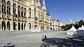 Wien 01 Rathausplatz b.jpg