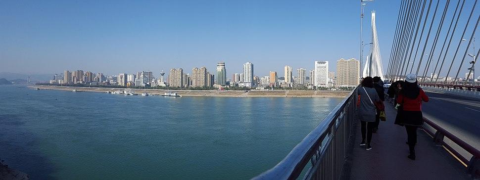 Yichang skyline 2