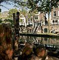 Zicht op de gracht met werf en werfkelders - Utrecht - 20414424 - RCE.jpg