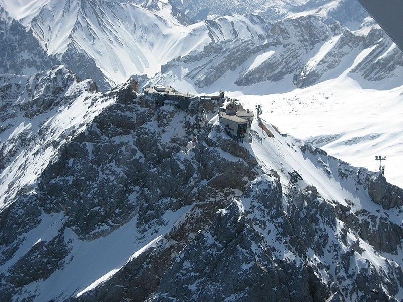 Zugspitze (Luftbild).jpg