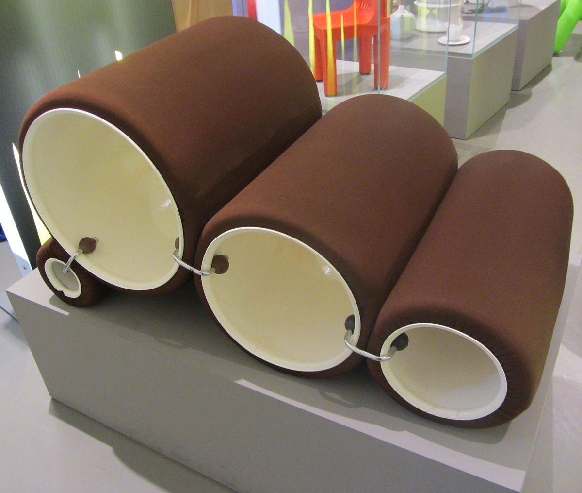 Tube chair wikipedia for Colombo design spa