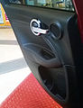 """ 15 - ITALY - Fiat 500X - panel doors with steel handle abitability.jpg"