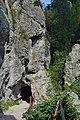 Ötschergräben - 04 - Lassingschlucht - Weg durch einen Felsdurchbruch.jpg