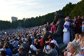 Gustav Ernesaks - Statue of Gustav Ernesaks during XXVI Estonian Song Celebration.