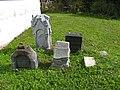 Кобона, Никольская церковь, старинные надгробия03.jpg