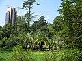 Парк «Дендрарий» с садово-парковой скульптурой и архитектурными сооружениями малых форм.jpg