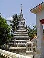 วัดไผ่ล้อม Phailom Temple - panoramio (7).jpg