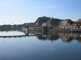 The Meuse river, the American Bridge, the Quai des Remparts, the Saint-Hilaire quarter and the Charlemont fort