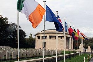 Ploegsteert Memorial to the Missing - Image: 0 Ploegsteert Memorial to the Missing Hyde Park Corner (9)