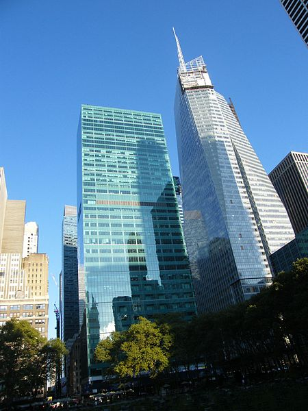 Description 1095 Avenue of the Americas and Bank of America Tower.jpg