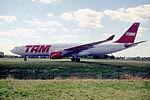 145ib - TAM Airbus A330-223, PT-MVD@CDG,11.08.2001 - Flickr - Aero Icarus.jpg