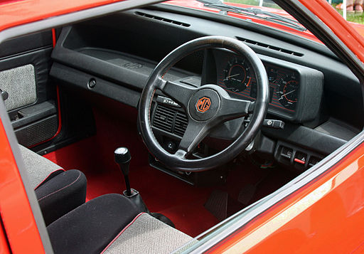 1982MGMetro-interior