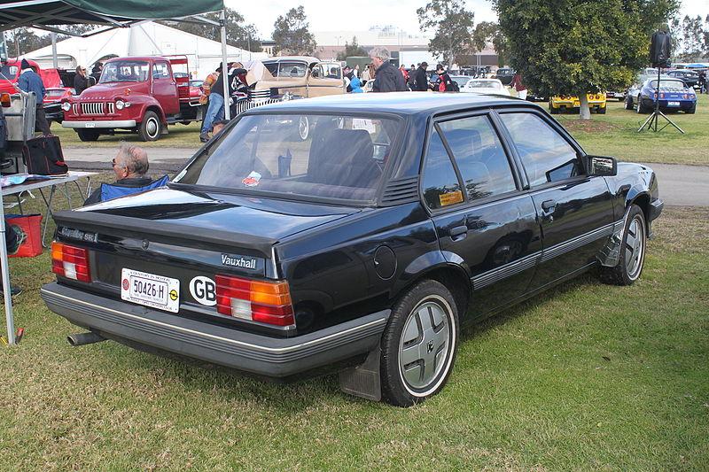 800px-1984_Vauxhall_Cavalier_SRi_sedan_(