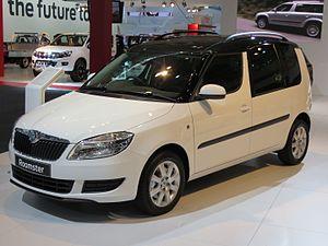 Škoda Roomster - Image: 2012 Škoda Roomster (5J MY13) 77TSI wagon (2012 10 26) 01