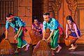 2016 Phnom Penh, Tradycyjny Kambodżański Pokaz Tańca (054).jpg