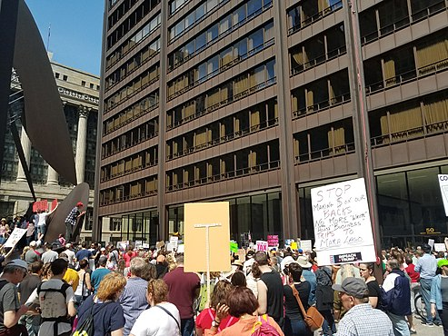 2017 Tax Day March in Chicago 15.jpg
