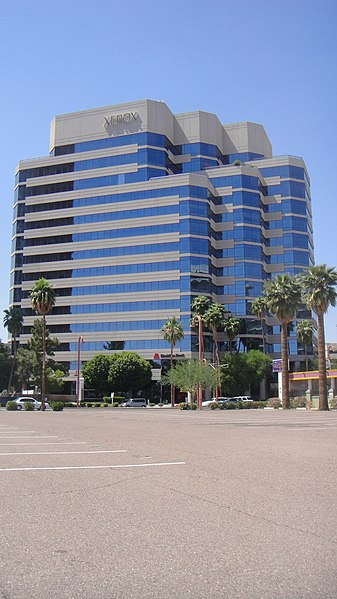 File:2700 North Central Avenue - 2011-04-15 - East.JPG