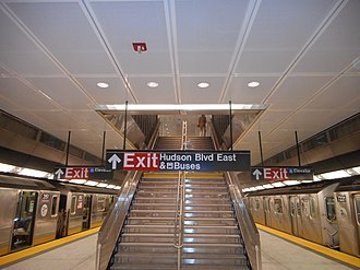 34th Street–Hudson Yards (IRT Flushing Line) - Platform level, as seen one day after opening