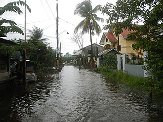 Monsoon floods in the Philippines 3933Typhoons Krosa Lekima monsoon tidal flooding in Calumpit, Bulacan 13.jpg